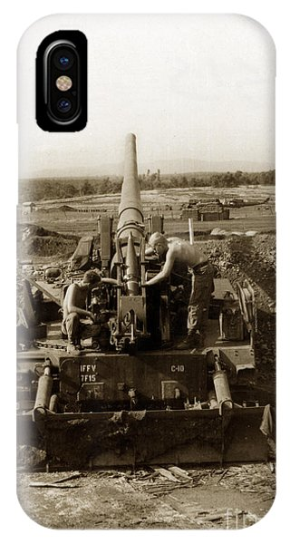 175mm Self Propelled Gun C 10 7-15th Field Artillery Vietnam 1968 IPhone Case