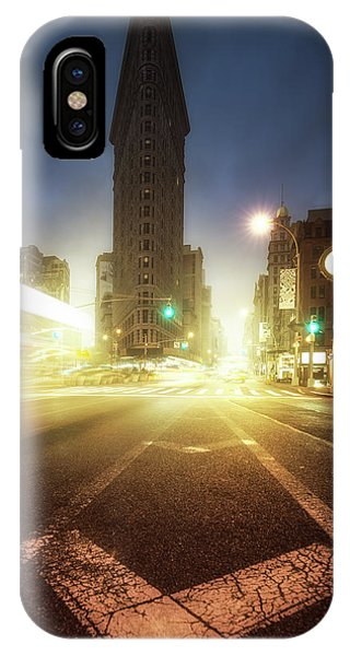 Iron iPhone Case - Untitled by David Mart??n Cast??n