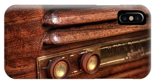 1948 Mantola Radio IPhone Case