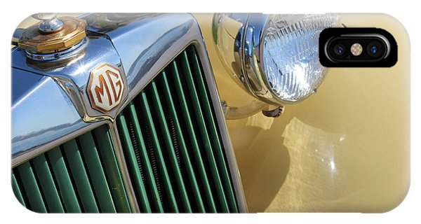1950 Yellow Mg Grille Phone Case by Mark Steven Burhart