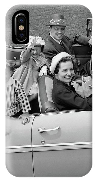 1950s Smiling Family Portrait Mother IPhone Case