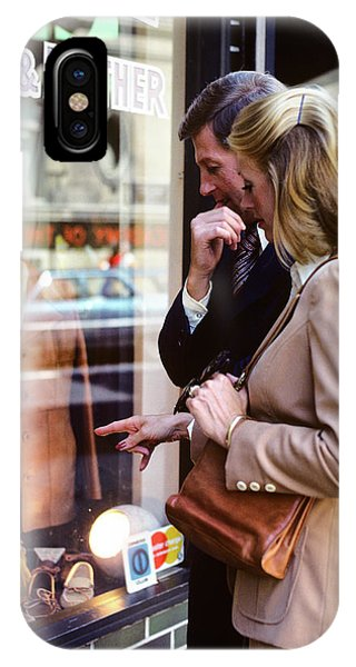 Window Shopping iPhone Case - 1970s Couple Man Woman Window Shopping by Vintage Images