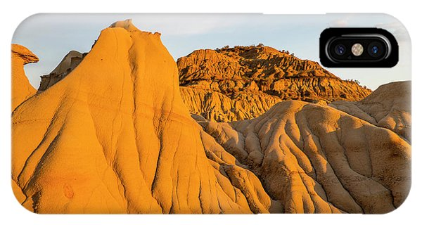North Dakota Badlands iPhone Case - Badlands At First Light In Theodore by Chuck Haney