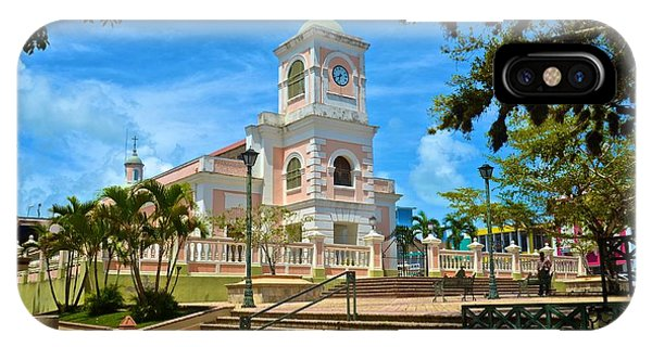 Catedral Santiago Apostol IPhone Case