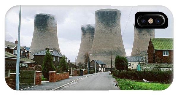 Coal-fired Power Station Phone Case by Robert Brook/science Photo Library