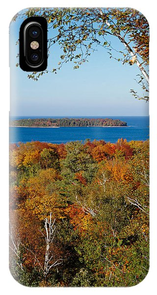 Horseshoe Island IPhone Case