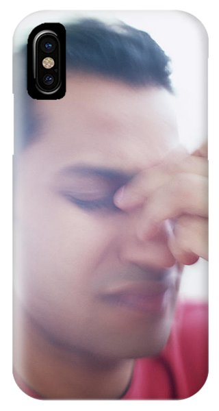 Neurology iPhone Case - Migraine by Ian Hooton/science Photo Library