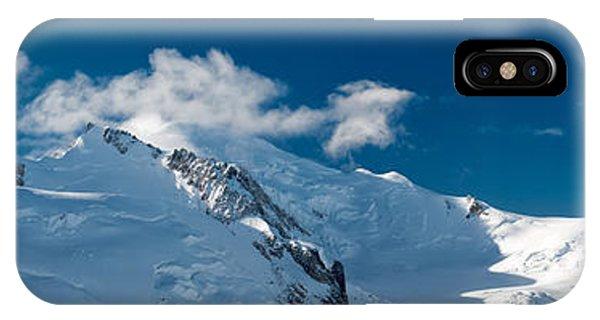 Mont Blanc Massiv IPhone Case