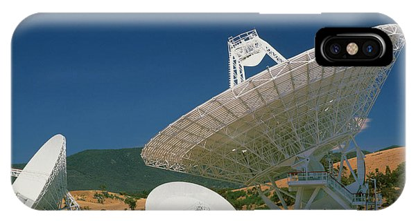 Canberra iPhone Case - Nasa Deep Space Tracking Station by David Nunuk/science Photo Library