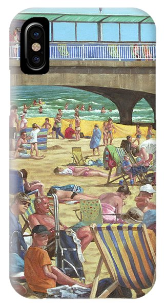 Bournemouth iPhone Case - people on Bournemouth beach by Martin Davey