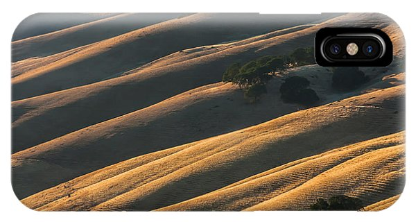 Round Valley Ridges IPhone Case