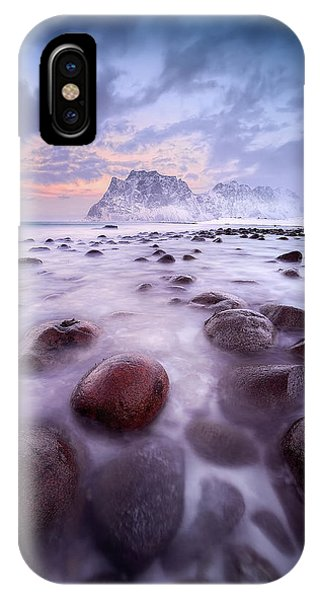 Frost iPhone Case - Untitled by David Mart?n Cast?n