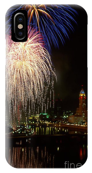 21l106 Red White And Boom Fireworks Photo IPhone Case
