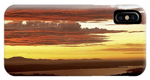 Somerset County iPhone Case - Beauty In Nature by King Wu