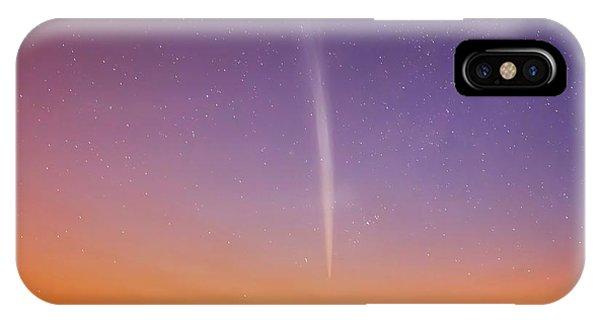 Comet Lovejoy Phone Case by Luis Argerich