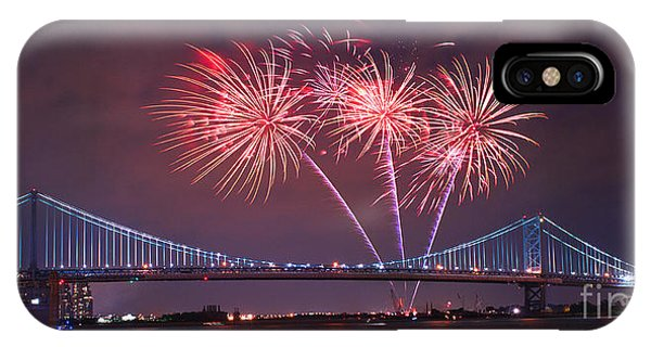 4 Th Of July Firework IPhone Case