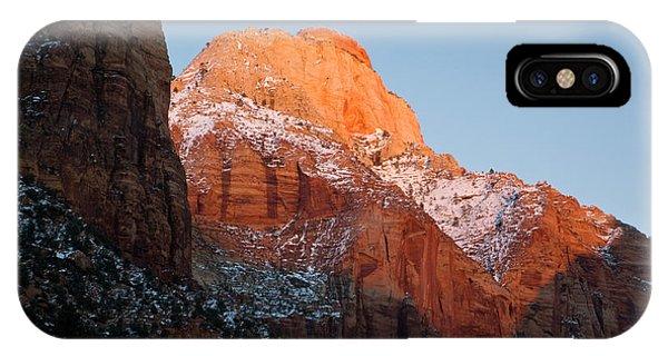 Slickrock iPhone Case - Zion National Park, Utah by Scott T. Smith