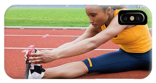 Athlete Stretching Phone Case by Gustoimages/science Photo Library