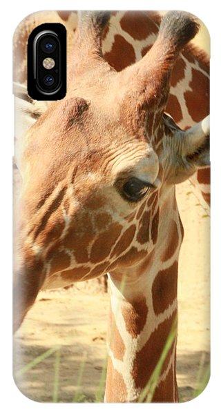 Giraff Phone Case by Tinjoe Mbugus