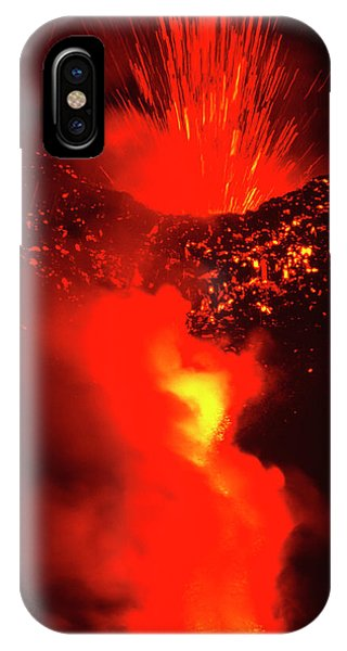 Mt Etna iPhone Case - Mount Etna Volcano Erupting by Jeremy Bishop/science Photo Library