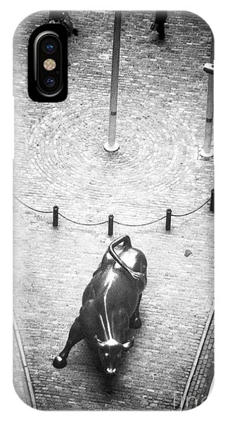Old School Galleries iPhone Case - A Bull On Wall Street 1990s by John Rizzuto