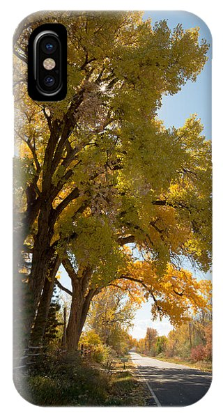 A Day For A Daydream Phone Case by Allen Lefever