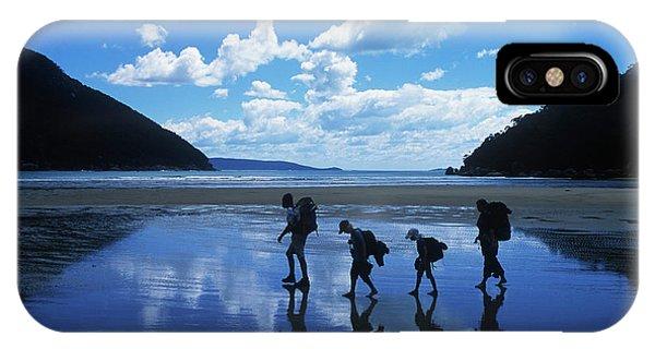 Wilsons Promontory iPhone Case - A Family Of Hikers Walks by Robert van Waarden