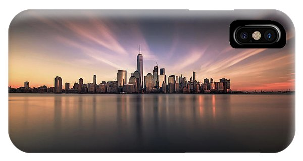 Metropolis iPhone Case - A floating City by David D