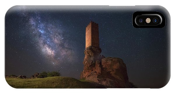 Castle iPhone Case - A Game Of Tones by Iv?n Ferrero
