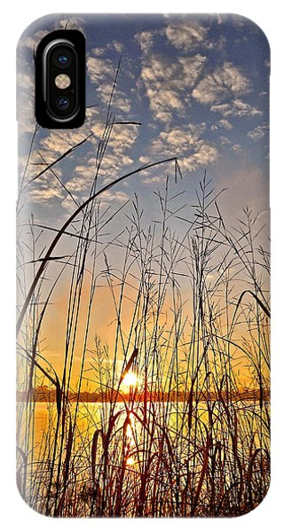Sonne iPhone Case - A New Day Begins ... by Juergen Weiss
