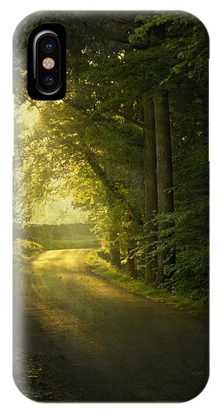 Track iPhone Case - A Path To The Light by Evelina Kremsdorf