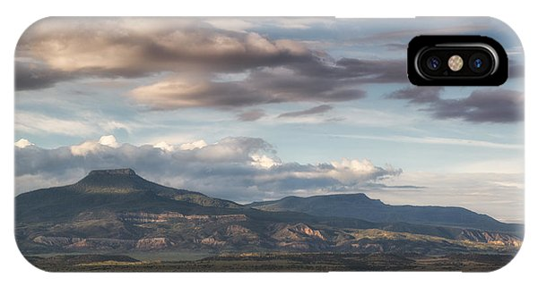 Abiquiu New Mexico Pico Pedernal In The Morning IPhone Case