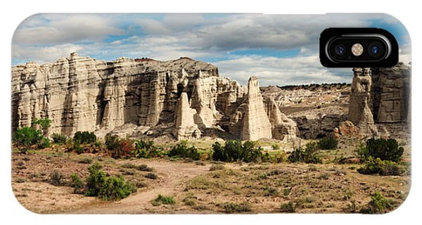 Abiquiu New Mexico Plaza Blanca In Technicolor IPhone Case