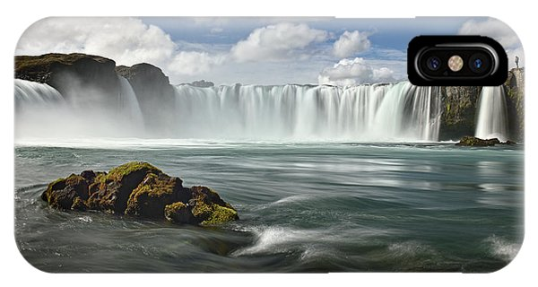 Flow iPhone Case - Admirer by Izidor Gasperlin