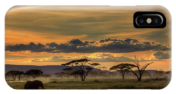 Fog Mist iPhone Case - Africa by Amnon Eichelberg