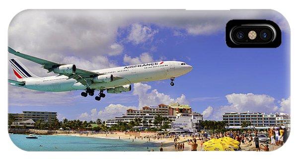 Air France Landing At St Maarten IPhone Case
