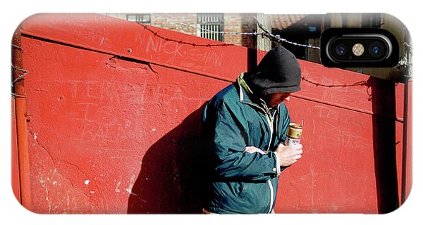 Alcoholism iPhone Case - Alcoholic Man by Jim Varney/science Photo Library