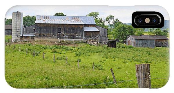 Amish Barn #1 - Woodward Pa IPhone Case