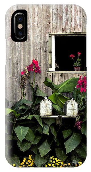 Amish Country iPhone Case - Amish Barn by Diane Diederich
