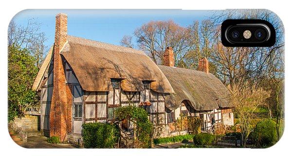 Anne Hathaways Cottage Stratford Upon Avon Phone Case by David Ross