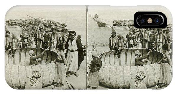 Arabs Building A Kufa IPhone Case