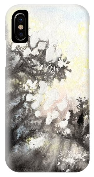 Arbres En Feu IPhone Case