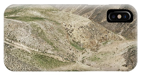 Er iPhone Case - Arid Mountain Valley by Mark De Fraeye/science Photo Library