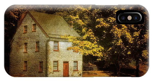Historic House iPhone Case - As The World Passes By by Lois Bryan