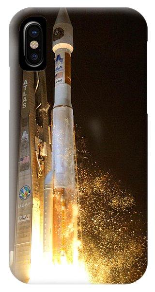 Atlas V Rocket Taking Off IPhone Case
