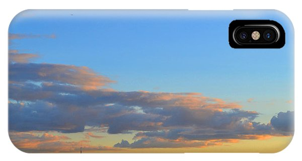 August Early Evening Toronto 4  Phone Case by Lyle Crump