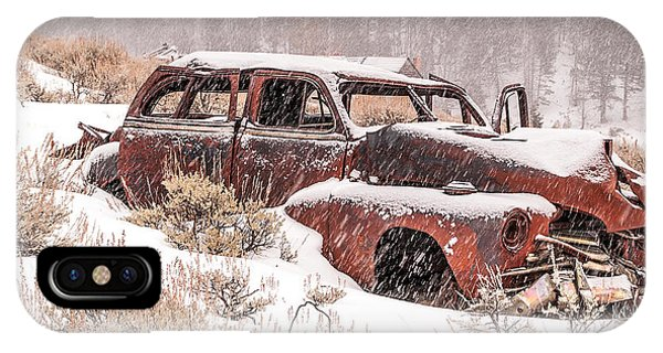 Auto In Snowstorm IPhone Case