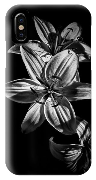 Backyard Flowers In Black And White 9 IPhone Case