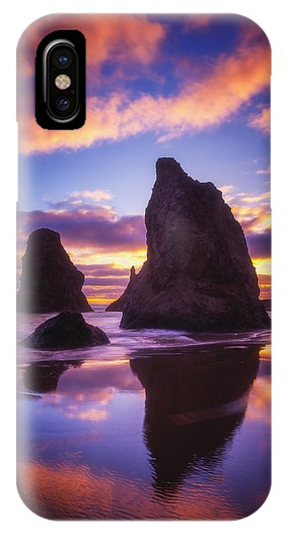 Bandon's Sunset Light Show IPhone Case