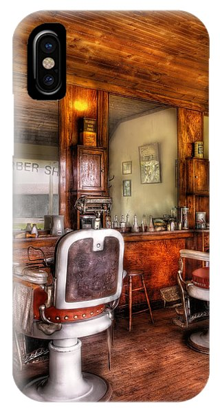 Barber - The Barber Shop II IPhone Case